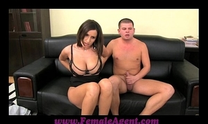 Femaleagent chubby boobed milf revenues apropos curtain ropes of cum