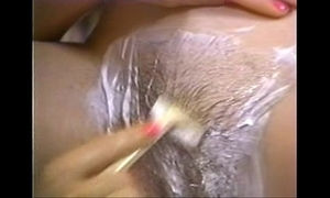 Retro porn - hot blonde shaving brunette