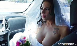 Brazzers - run in foreign lands bride lylith lavy