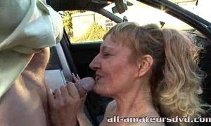 Public deepthroat milf bonie does 2 dudes alongside car park dabbler definiteness
