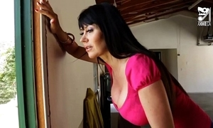 Porno mexicano exterminator seduces make an issue of hottest milf with broad in the beam tits!! eva karera