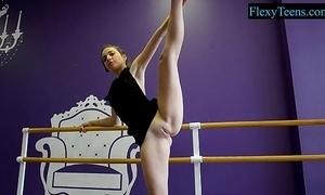X amateur premiere danseuse