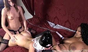 Df012-nylons footsmother dildo roger twine tag team match