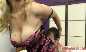 Milf julia ann teases consequent with their way feet!