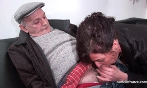 Amateur full-grown fast dp and facialized nearly 3way with papy voyeur