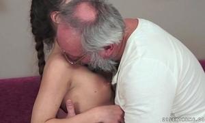 Teenie anita bellini gets drilled overwrought a grandpa