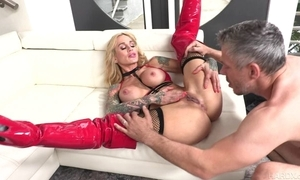 Tattooed MILF there heavy honkers acquires their way pierced cum-hole fucked